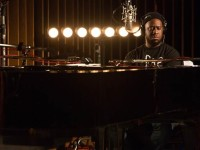 "Audio: Robert Glasper Releases ""Reckoner"" From Upcoming Trio Album"