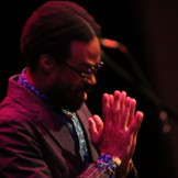 Bilal gives thanks at Art of Cool Festival