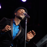 "Video: Aloe Blacc Performs ""What's Going On"""