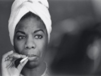 ns-smoking-nina-simone