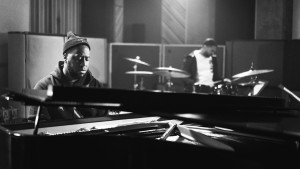 robert-glasper-trio-nike-kobe-tribute-01